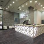 Ламинат Aller (Аллер), Premium Plunk (8мм, 32кл, 4V-фаска) Орех Гикори Valley 34029